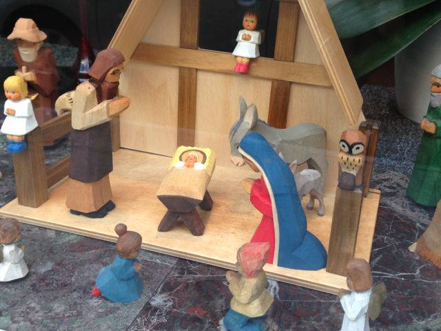 photo of New Orleans gift shop window Nativity set