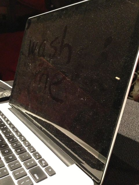 dirty macBook screen