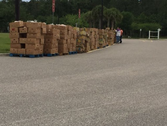 Food For Families 2015 Easter deliveries