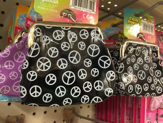 Child coin purses with peace signs