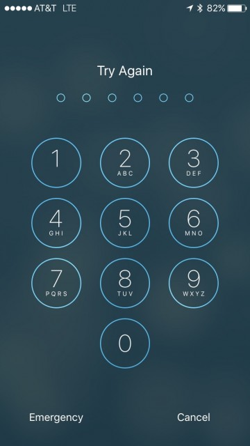 iPhone 6s passcode screen
