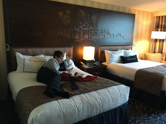 Disneyland Hotel room photo