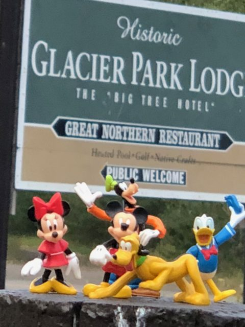 Glacier Park Lodge sign