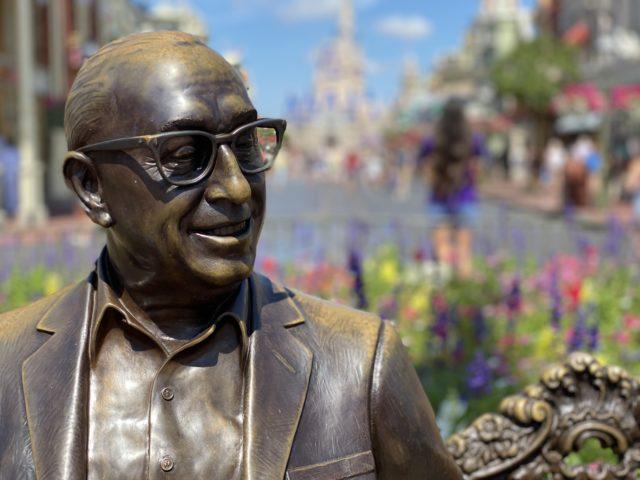 Roy O Disney statue
