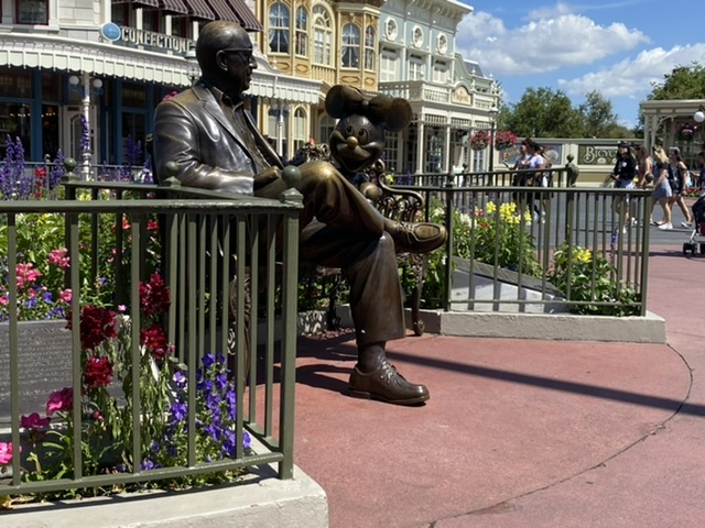 Roy Disney and Minnie Mouse statues in Magic Kingdom