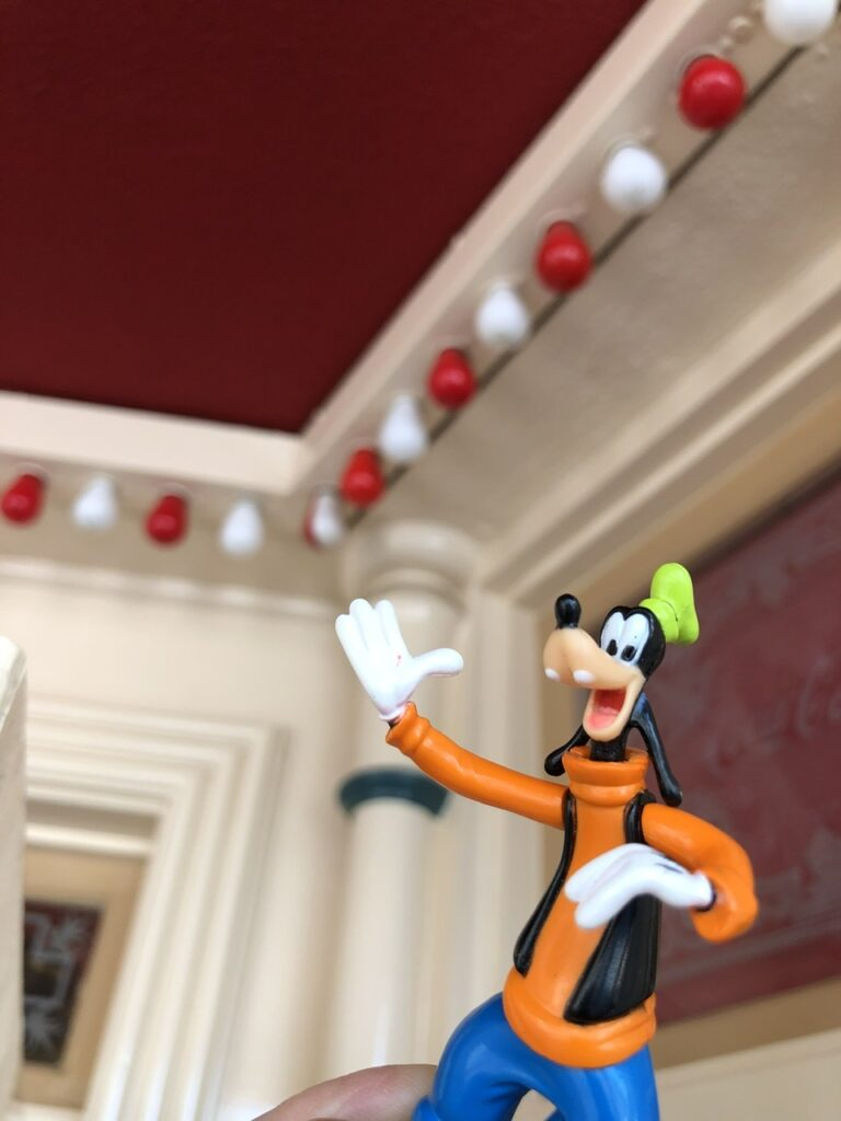 small plastic Goofy character toy